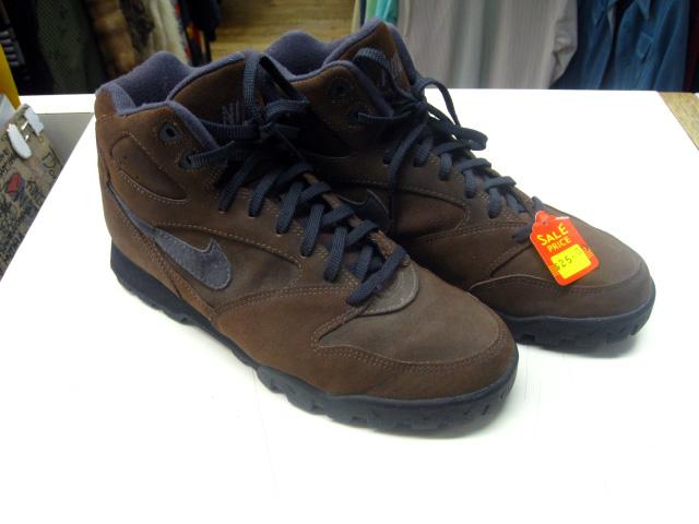 Nike hiking boots men vintage nike hiking boots